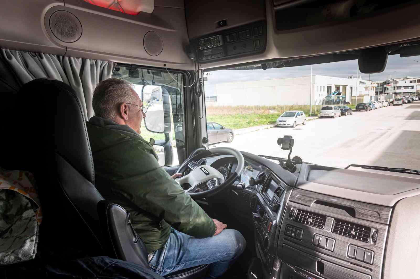 autotrasportatore-Monster-truck-gaatrasporti.it-02