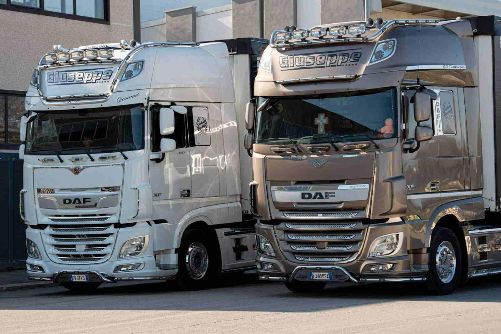 Camion a deposito GAA Scarl Trasporti Altamura