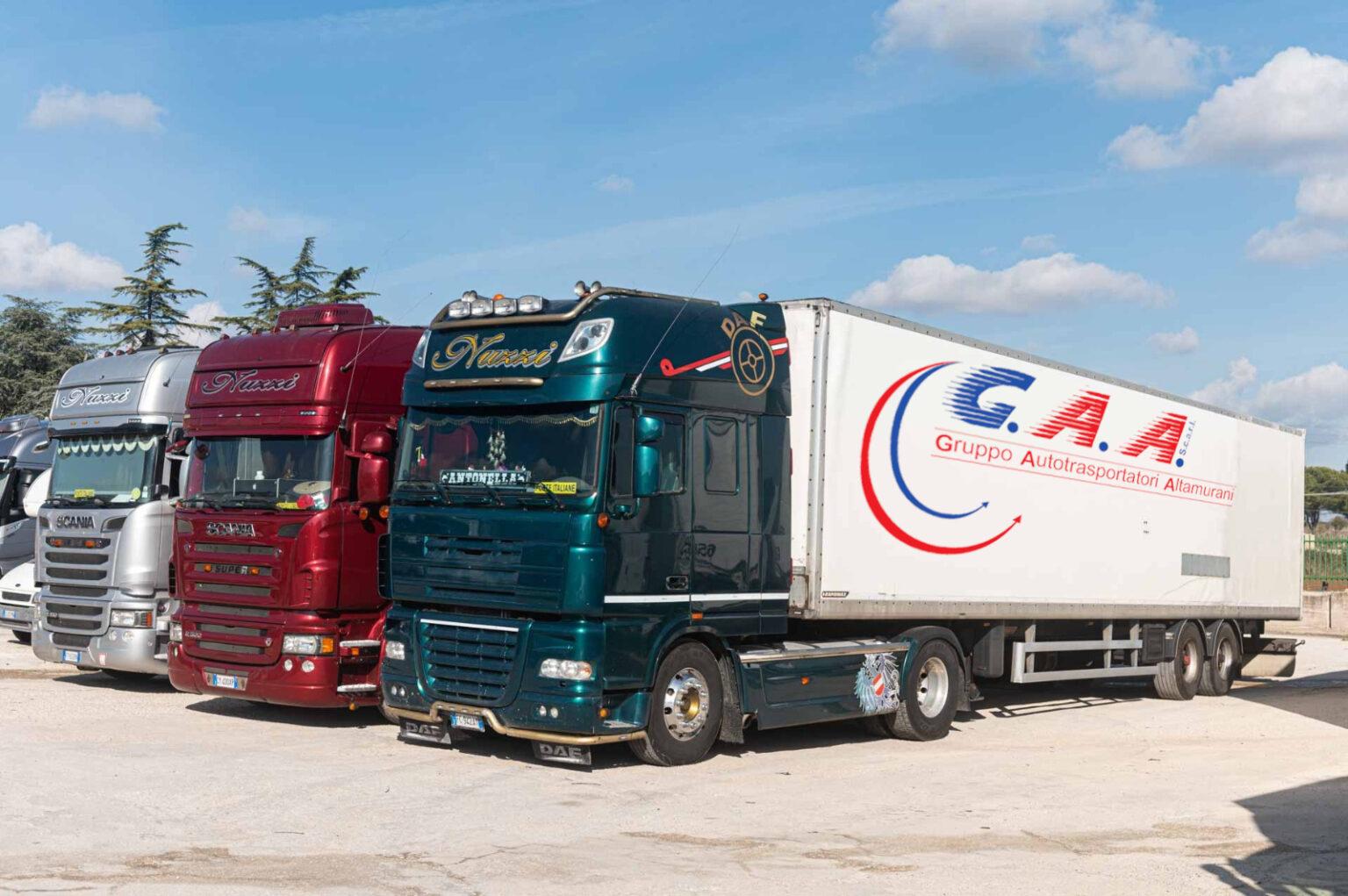 Camion in deposito GAA Trasporti
