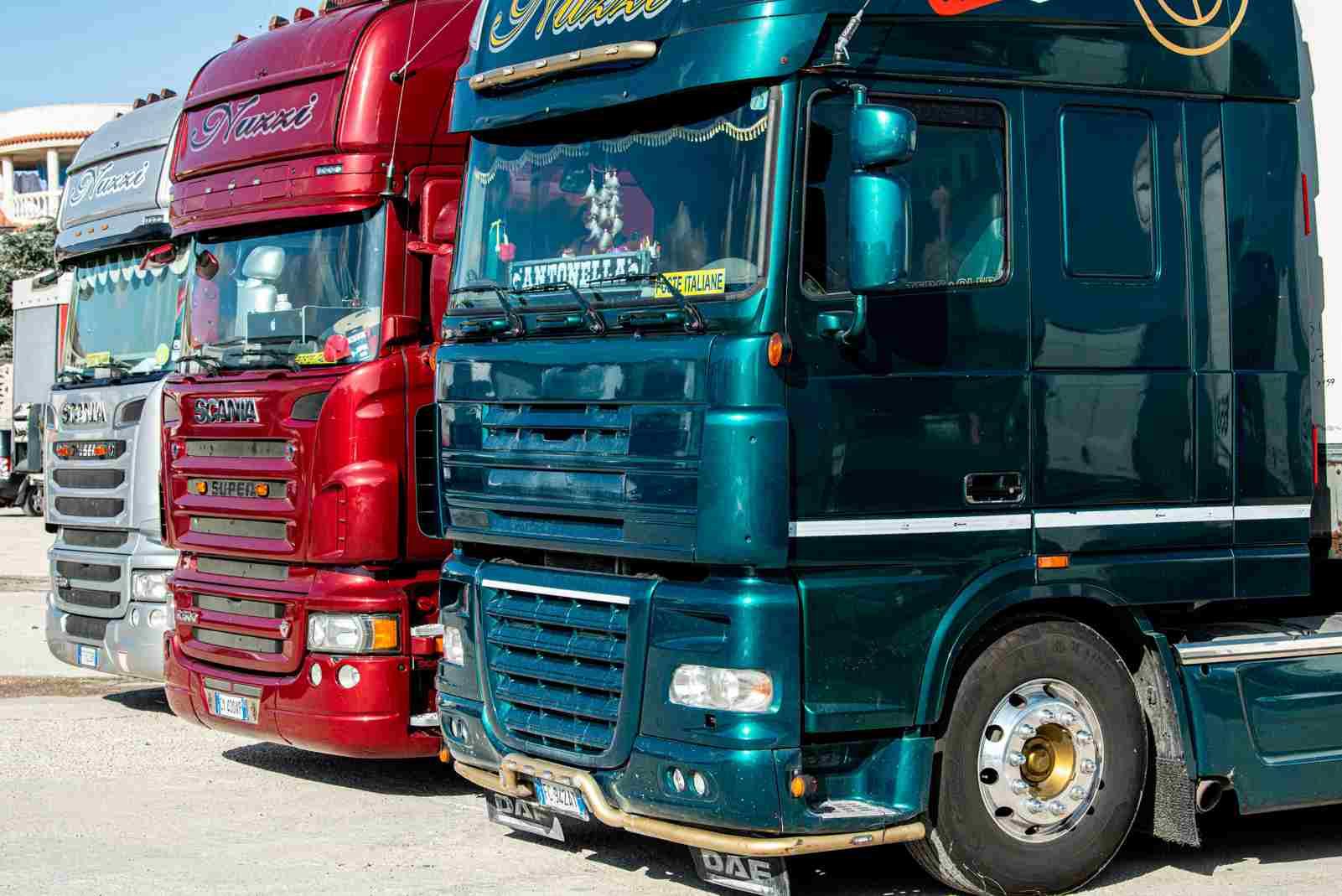 Camion Trasporto Merci | GAA Trasporti